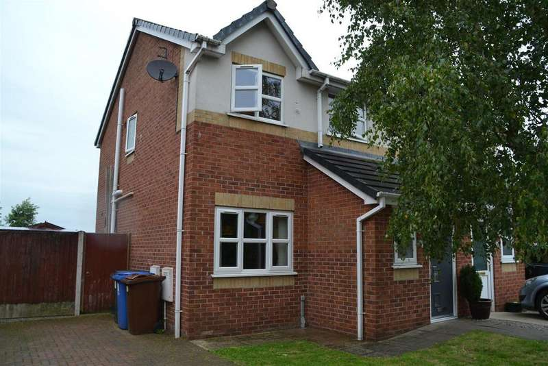 3 Bedrooms Semi Detached House for sale in Coltsfoot Drive, Chorley
