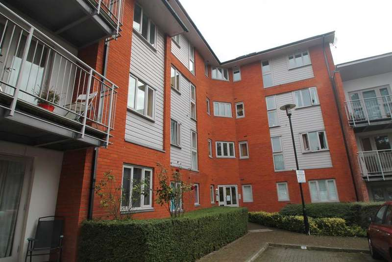 3 Bedrooms Apartment Flat for sale in Kings Walk, Holland Road, Maidstone
