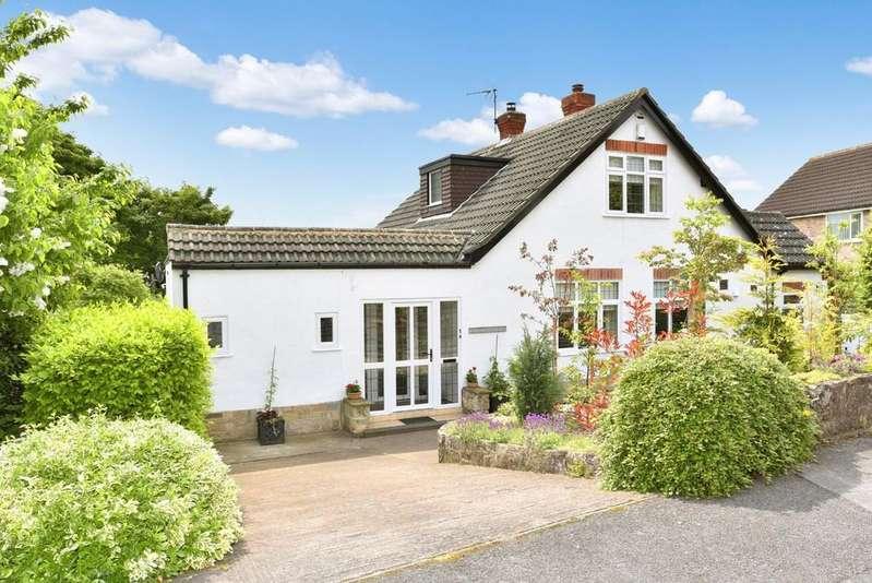 3 Bedrooms Detached Bungalow for sale in Castle Ings Close, Knaresborough