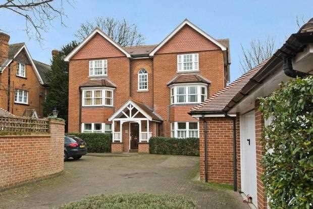 2 Bedrooms Apartment Flat for sale in The Oriels, 146 Kingston Road, Wimbledon