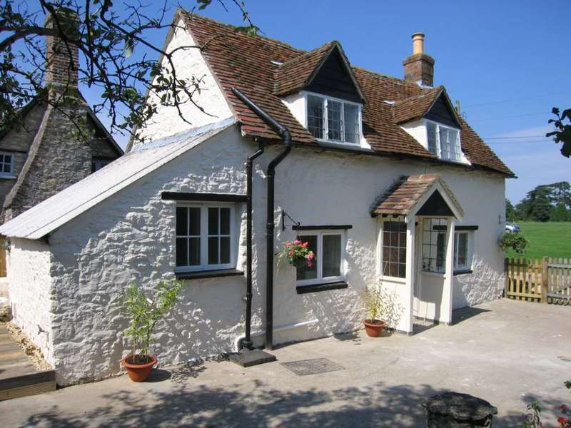 2 Bedrooms Cottage House for sale in The Green, Stadhampton