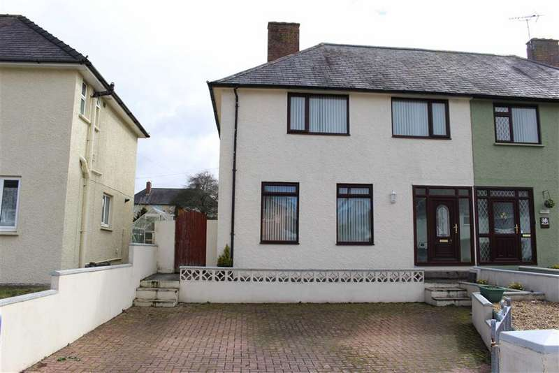 3 Bedrooms Semi Detached House for sale in Trinity Road, Pembroke Dock