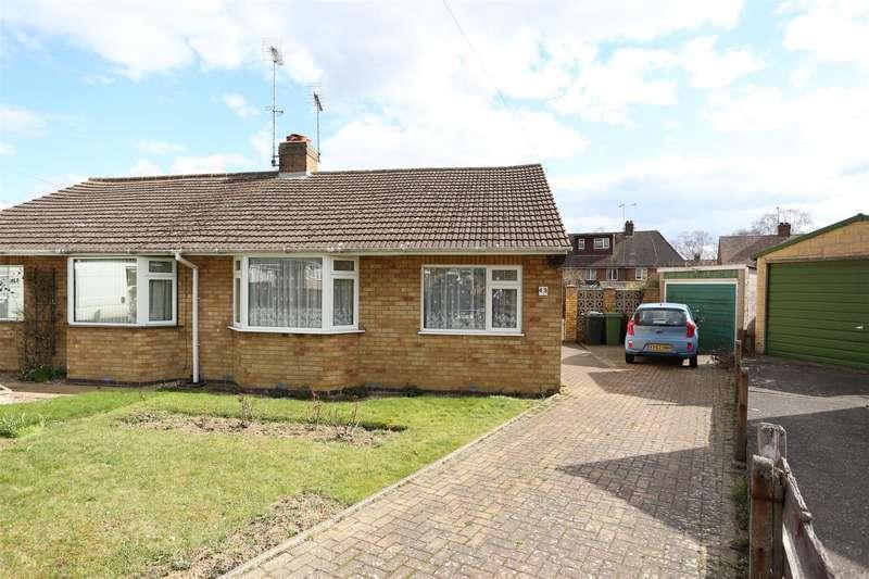2 Bedrooms Semi Detached Bungalow for sale in Harvey Road, Wellingborough