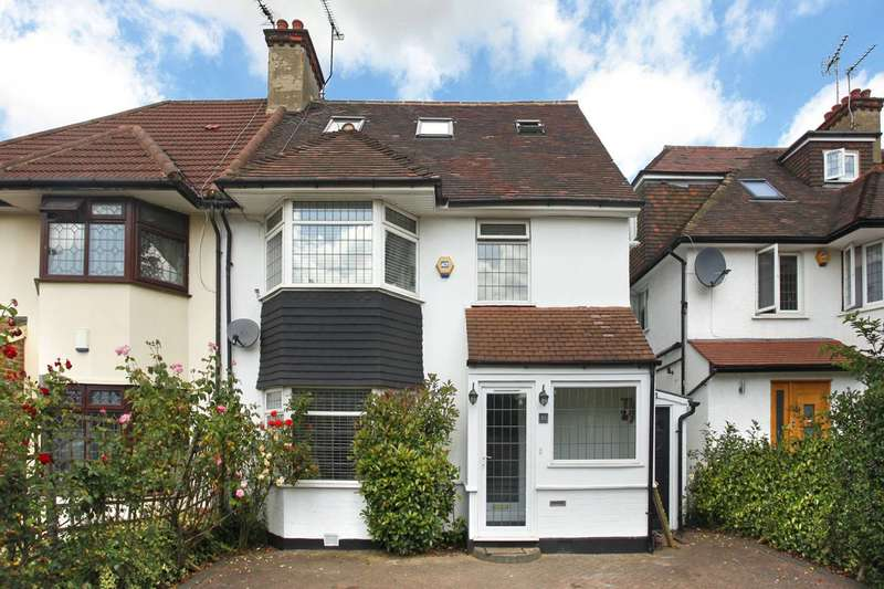 4 Bedrooms Semi Detached House for sale in The Vale, Golders Green, NW11