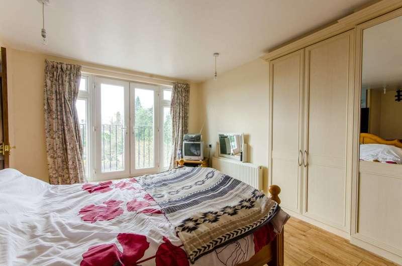 4 Bedrooms House for sale in Lakenheath, Oakwood, N14
