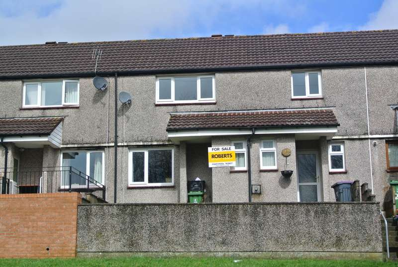 3 Bedrooms Terraced House for sale in Bythway Road, Trevethin, Pontypool, NP4