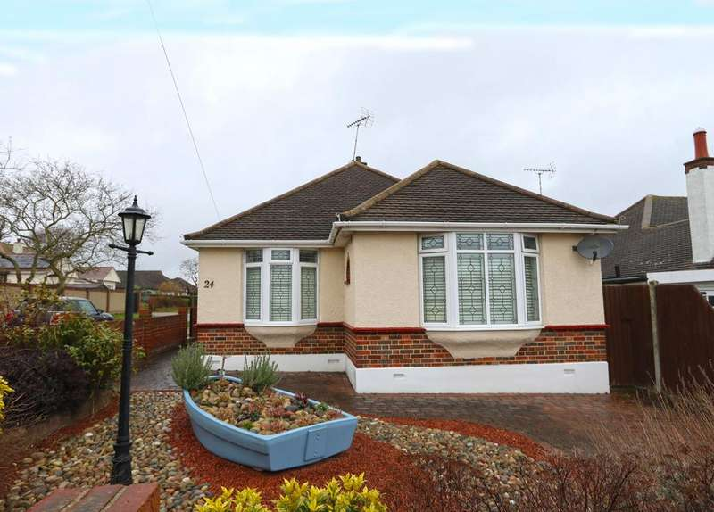 2 Bedrooms Detached Bungalow for sale in Ormonde Gardens, Leigh-On-Sea SS9