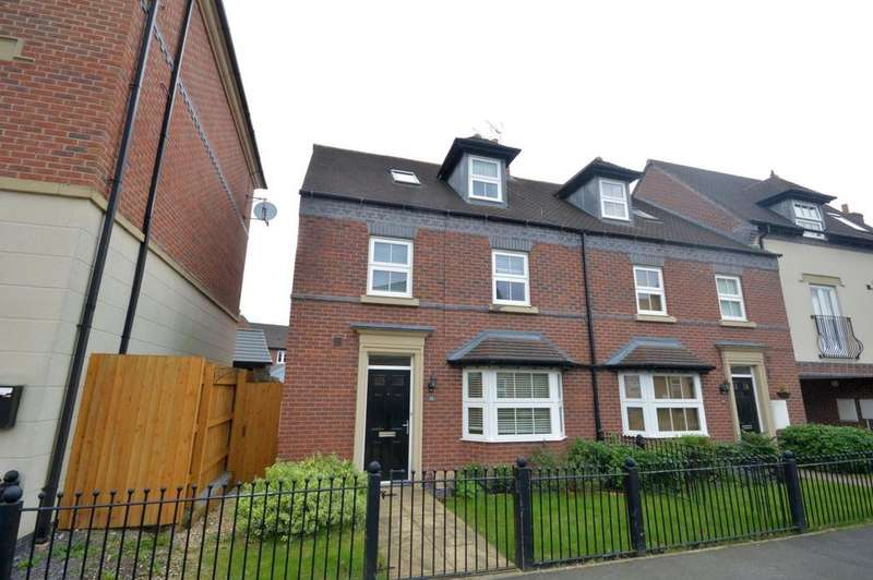 4 Bedrooms Semi Detached House for sale in Partington Square, Daresbury, Warrington