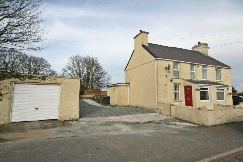 2 Bedrooms Semi Detached House for sale in Caergeiliog, Anglesey