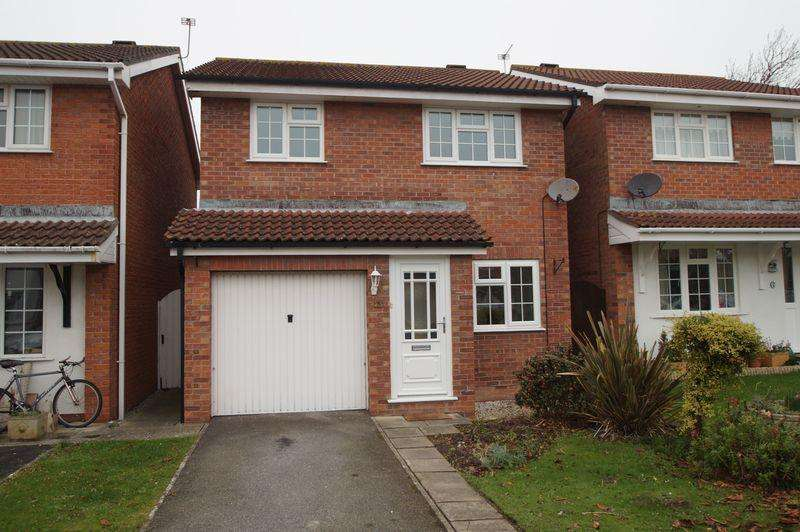 3 Bedrooms Detached House for rent in Magpie Close, Burnham-On-Sea