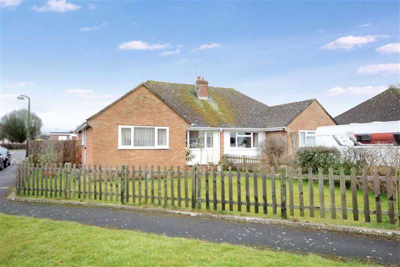 3 Bedrooms Semi Detached Bungalow for sale in Wroughton, Wiltshire