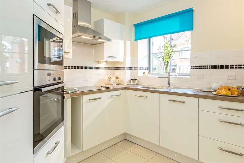 2 Bedrooms Flat for sale in Liberty House, 246 Kingston Road, London, SW20
