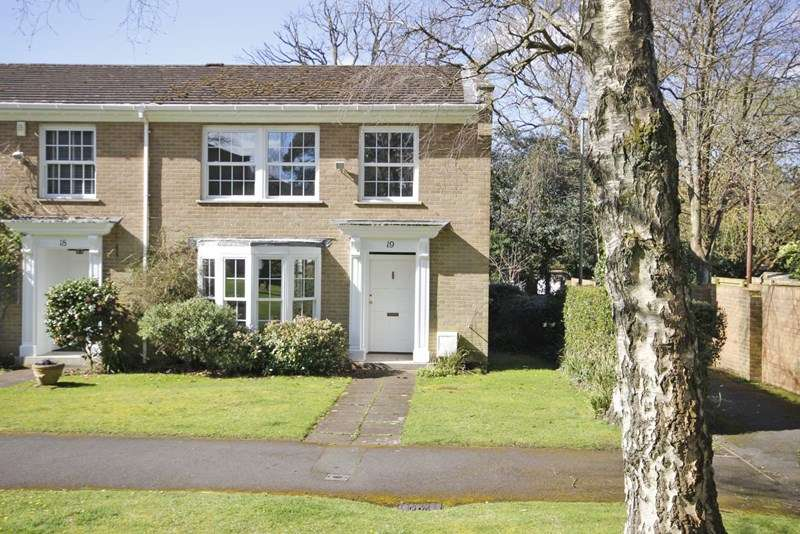 4 Bedrooms End Of Terrace House for sale in Halton Close, Bransgore, Christchurch
