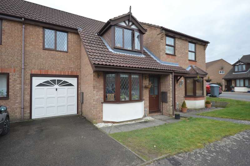3 Bedrooms House for sale in Snowberry Close, Taverham