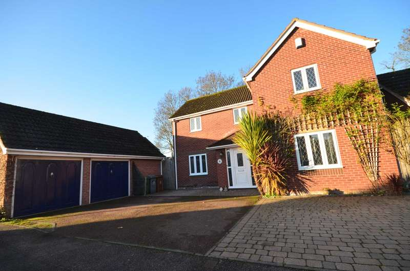 4 Bedrooms Detached House for sale in St Marys Grove, Sprowston