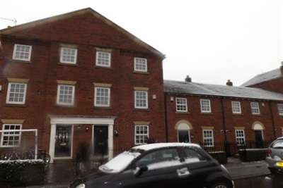 3 Bedrooms House for rent in St Marys Walk, Sprotbrough