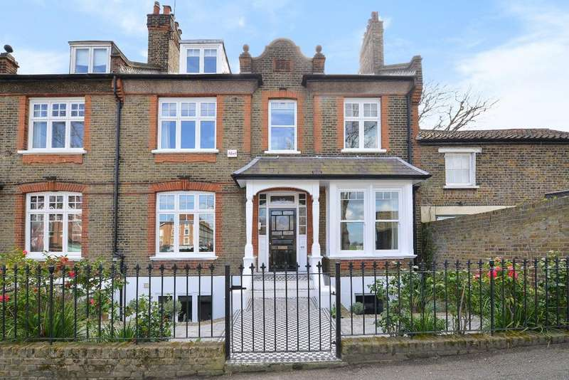 4 Bedrooms Terraced House for sale in Tranquil Vale London SE3