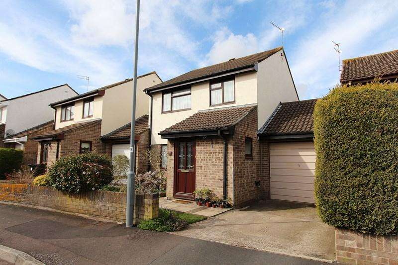 3 Bedrooms Link Detached House for sale in Nunney Close, Keynsham, Bristol