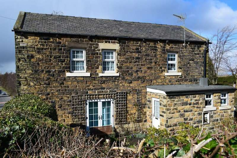 3 Bedrooms Cottage House for sale in Moor Knoll Lane, East Ardsley, Wakefield