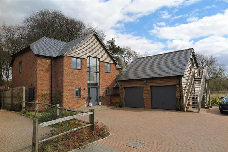 4 Bedrooms Detached House for sale in Wild Wood, Blackberry Lane, Four Marks, Alton, GU34