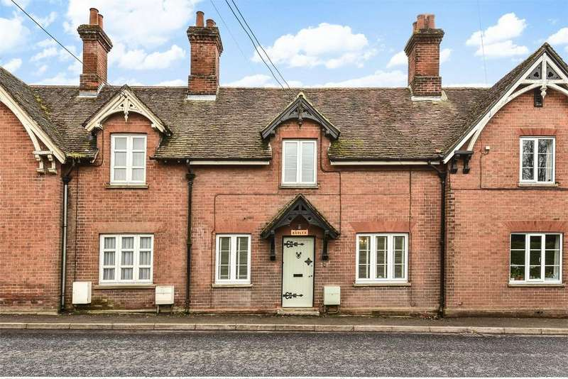 2 Bedrooms Terraced House for sale in Bishops Waltham, Hampshire