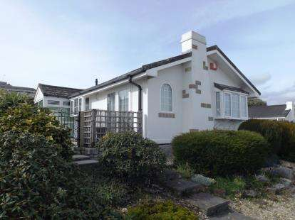 3 Bedrooms Bungalow for sale in Mountlea Country Park, Par, Cornwall