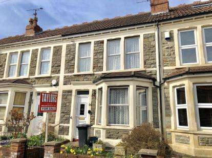 3 Bedrooms Terraced House for sale in Pendennis Park, Brislington, Bristol