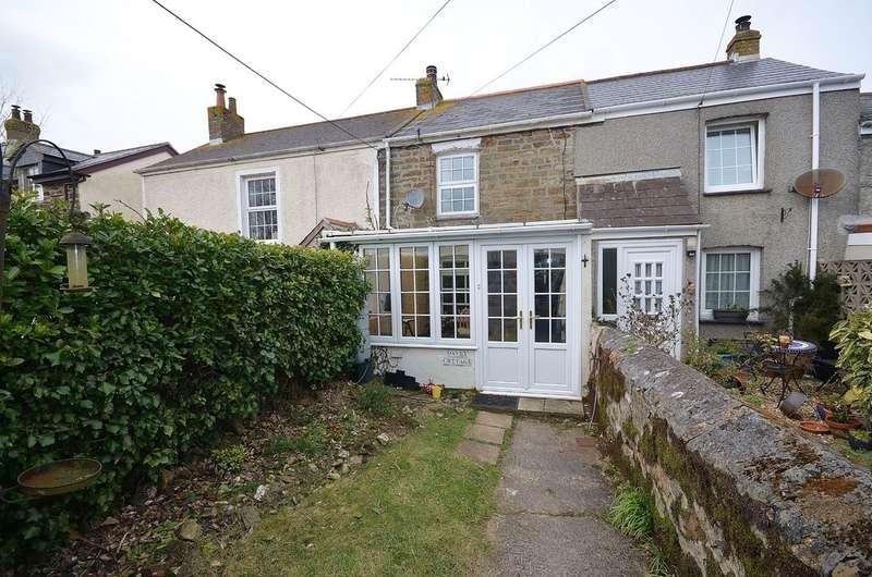 3 Bedrooms Terraced House for sale in Short Cross Road, Mount Hawke