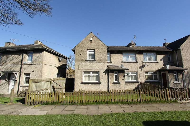 3 Bedrooms Semi Detached House for sale in Springfield Avenue, BRADFORD, West Yorkshire, BD7 2PL