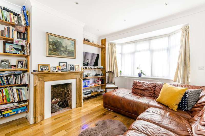 2 Bedrooms Maisonette Flat for sale in Parchmore Way, Thornton Heath, CR7
