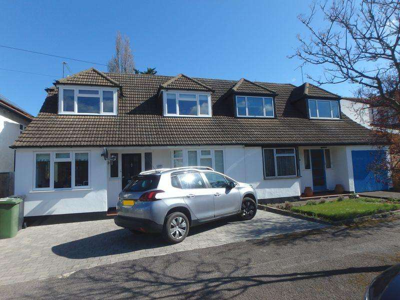 3 Bedrooms Semi Detached House for sale in Albert Road, Epsom