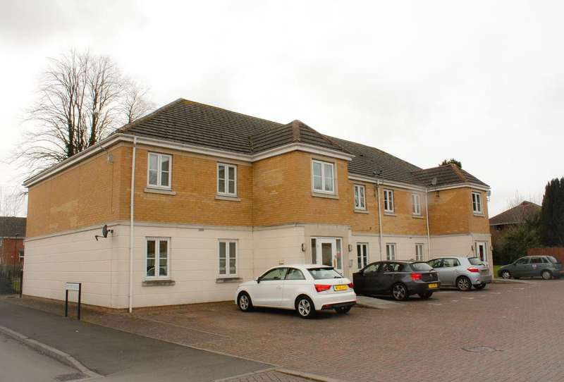 2 Bedrooms Apartment Flat for sale in Winton Rd, St Margarets Chase, Stratton, Swindon SN3