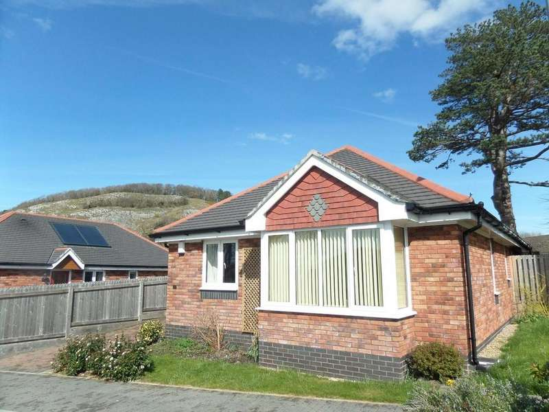 3 Bedrooms Detached Bungalow for sale in Awel Y Castell, Llandudno Junction