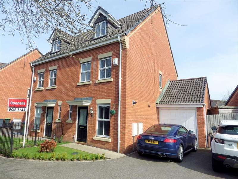 3 Bedrooms Semi Detached House for sale in Manson Drive, Cradley Heath