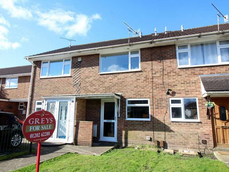 2 Bedrooms Terraced House for sale in Hewitt Road, Hamworthy
