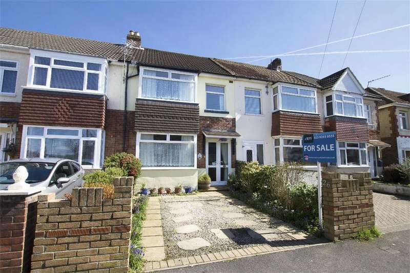 3 Bedrooms Terraced House for sale in Dunkeld Road, Gosport, Hampshire