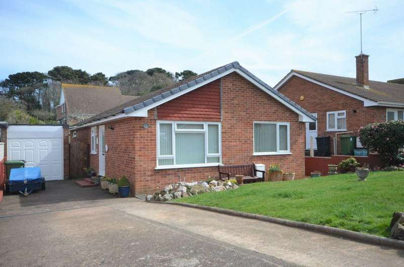 3 Bedrooms Bungalow for sale in Lower Drive, Dawlish, EX7