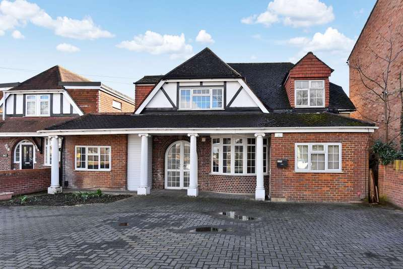 5 Bedrooms Detached House for sale in Langley, Berkshire, SL3