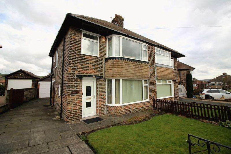 3 Bedrooms Semi Detached House for sale in Green Park Road, Skircoat Green, Halifax