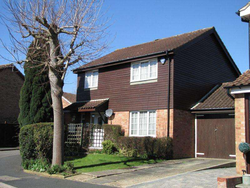 4 Bedrooms Detached House for sale in Tower Drive, Milton Keynes