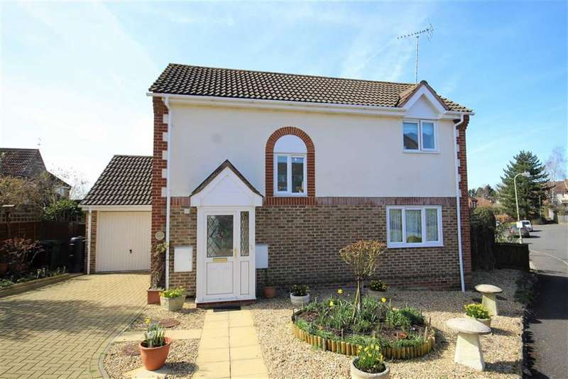 3 Bedrooms Detached House for sale in Wessex Close, Faringdon, Oxfordshire