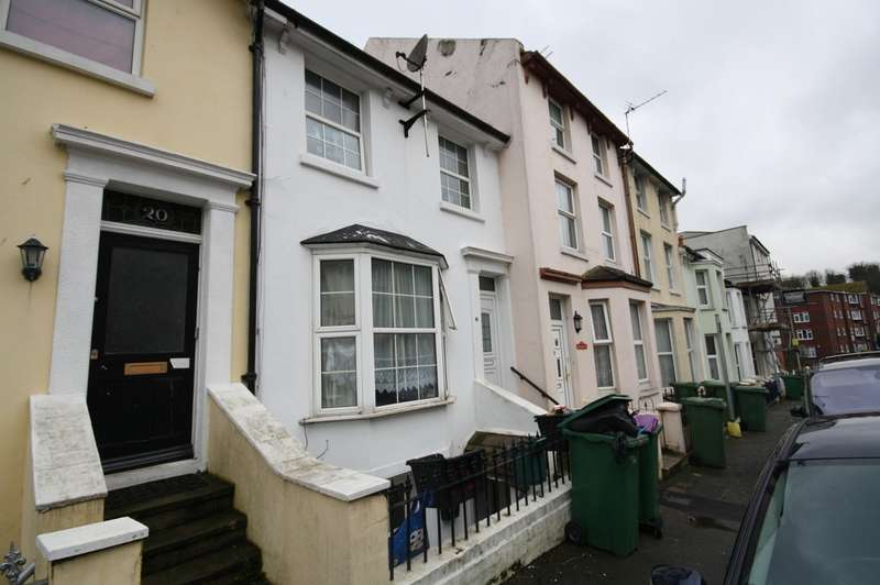 3 Bedrooms Terraced House for sale in Harvey Street, Folkestone CT20