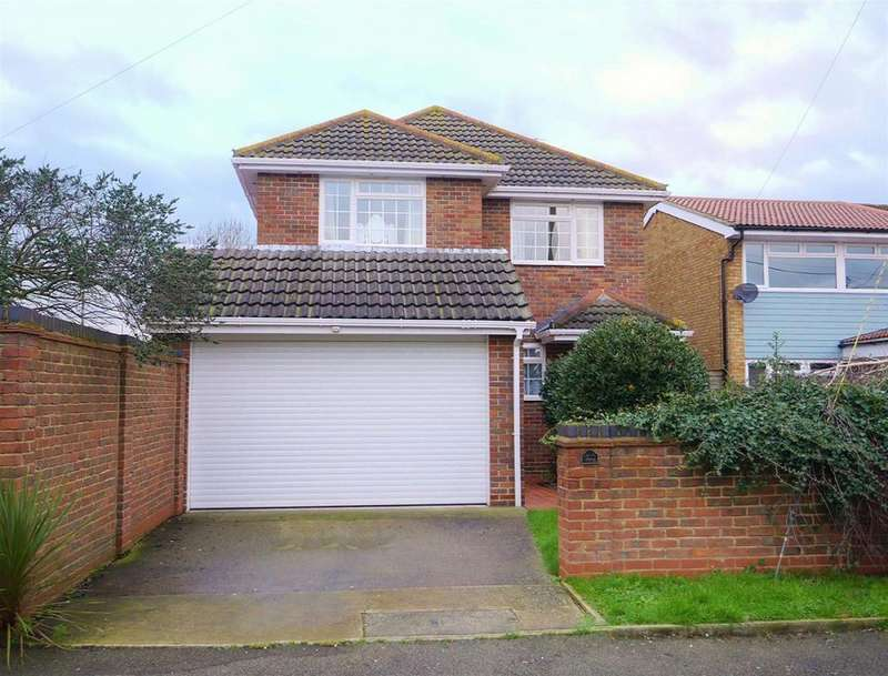 4 Bedrooms Detached House for rent in Village Drive, Canvey Island