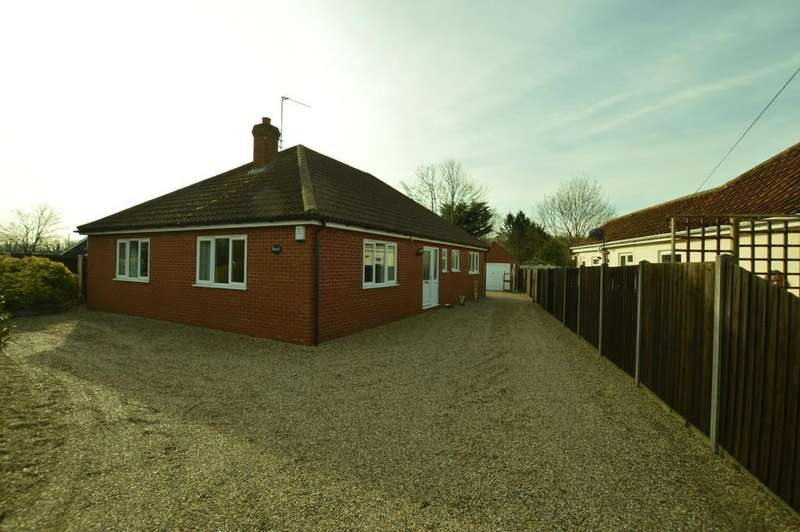 3 Bedrooms Detached Bungalow for rent in Aylsham Road, Buxton