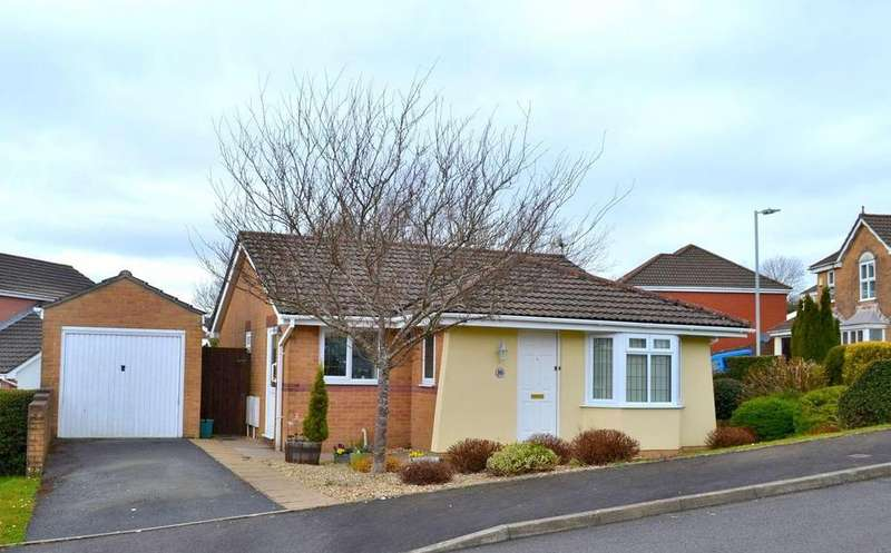 2 Bedrooms Detached Bungalow for sale in Hendre Owain, Sketty, Swansea