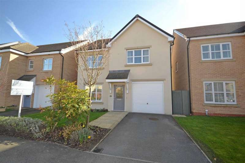 4 Bedrooms Detached House for sale in Banks Crescent, Stamford