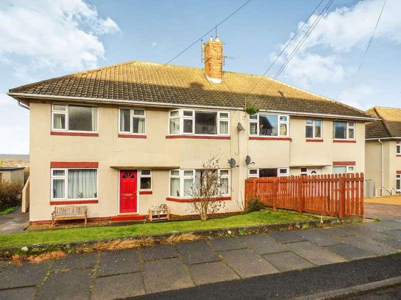 2 Bedrooms Maisonette Flat for sale in St. Johns Road, Hexham, Northumberland, NE46 2AT