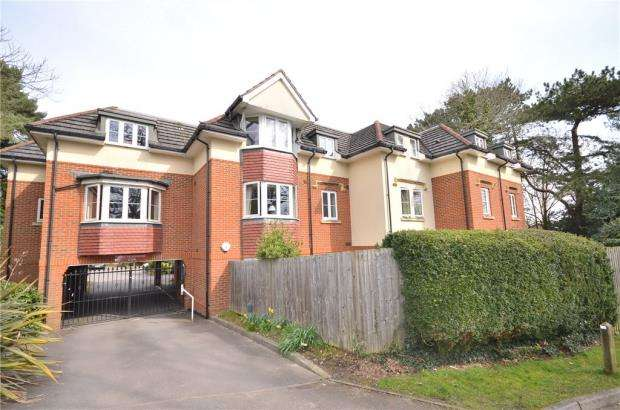 2 Bedrooms Apartment Flat for sale in Marchmont Place, Bracknell, Berkshire