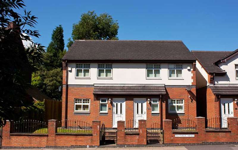 3 Bedrooms Semi Detached House for sale in Victoria Mews,Victoria Street, Strok-on-trent, Staffordshire
