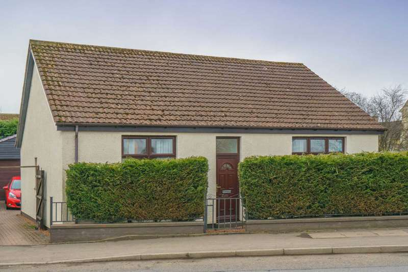 3 Bedrooms Detached House for sale in Carfin Street, Motherwell